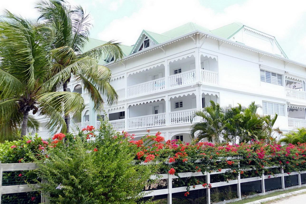 20. St François, les résidences de vacances construites dans le style néo-colonial