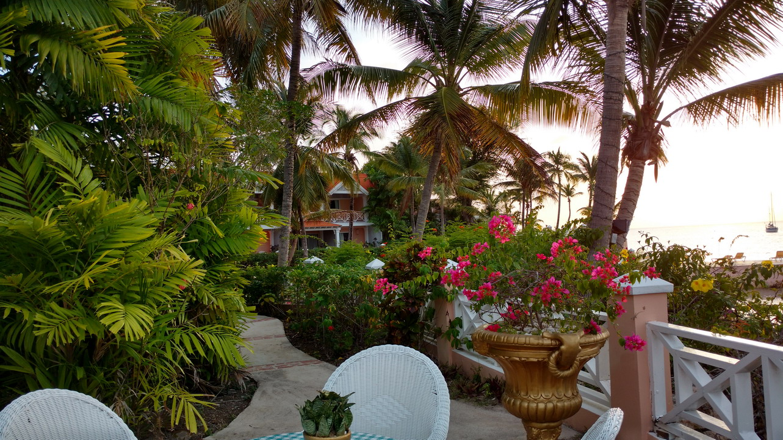 21. Coco reef, le resort en face de notre mouillage