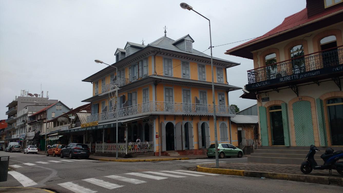 22. Cayenne, les Palmistes, notre spot wifi préféré