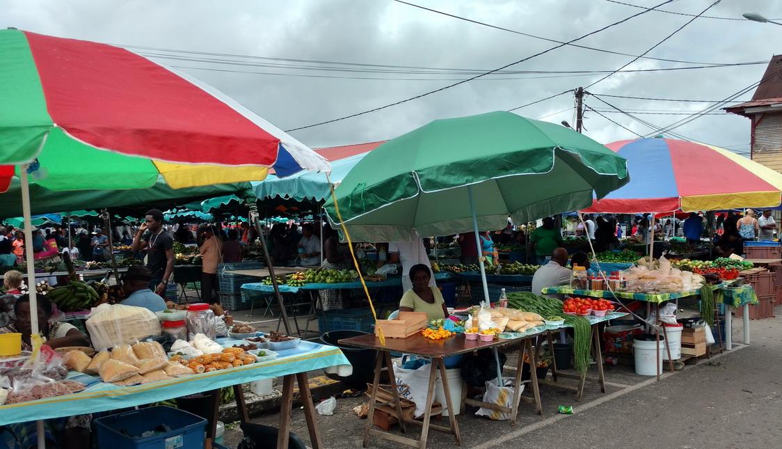 22. St Laurent du Maroni, le marché (le mercredi et le samedi)
