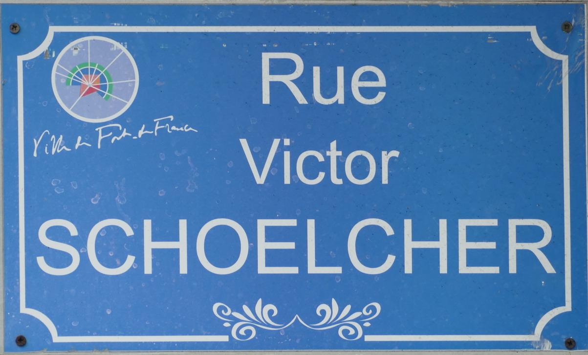 23. Fort-de-France ; un Alsacien, devenu célèbre ici, a fait voter la fin de l'esclavage en 1848