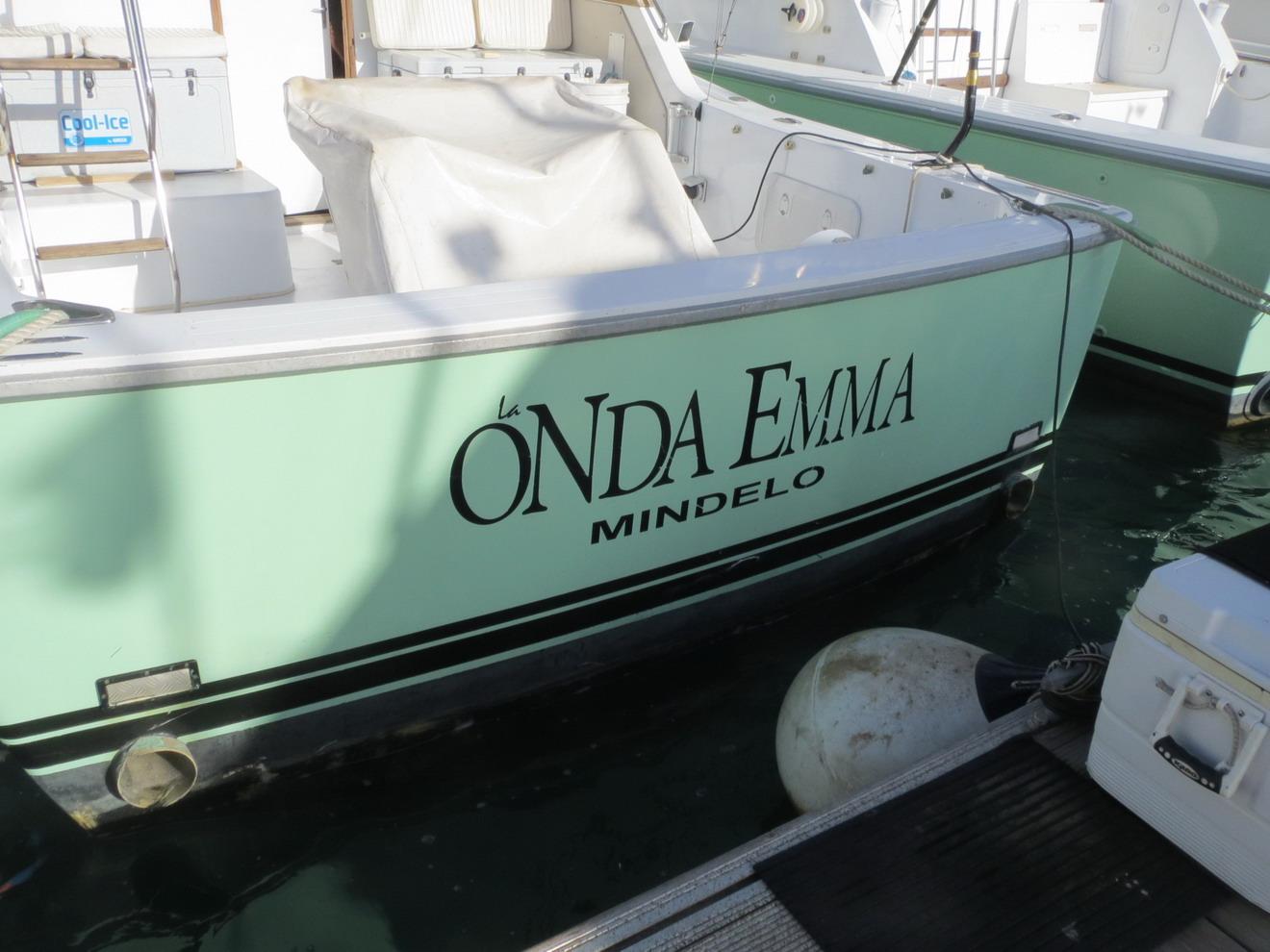 23. Ici tous les bateaux portent le nom de Mindelo
