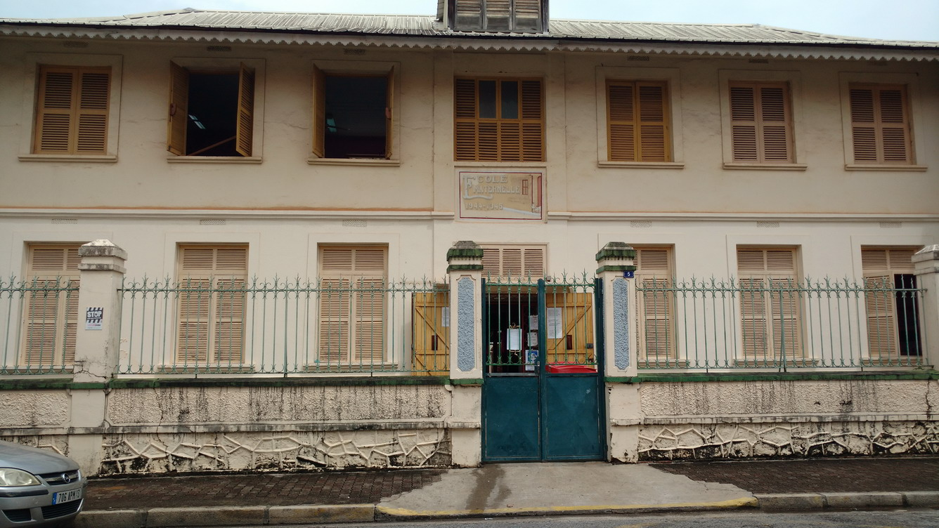 24. Cayenne, une école maternelle