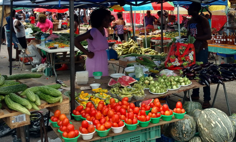 24. St Laurent du Maroni, le marché (le mercredi et le samedi)