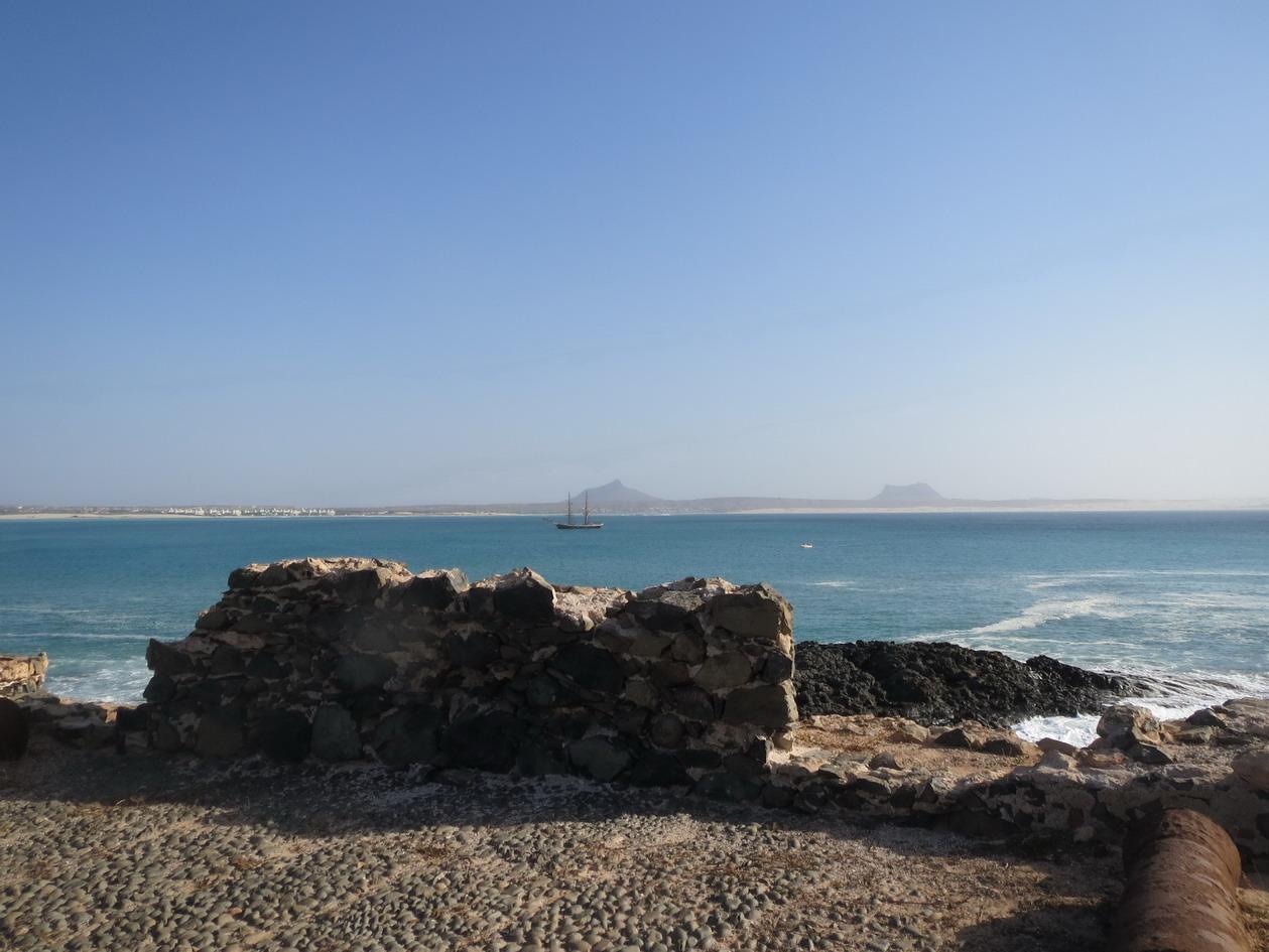 26. Du fortin sur l'île de Sal Rei
