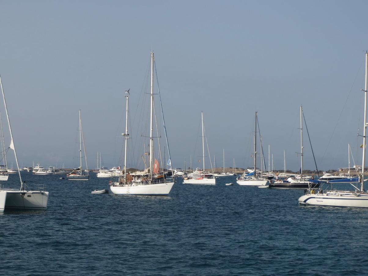 24. Formentera, un mouillage peu fait pour ceux qui aiment la solitude