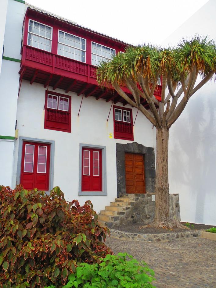 28. Santa Cruz de La Palma