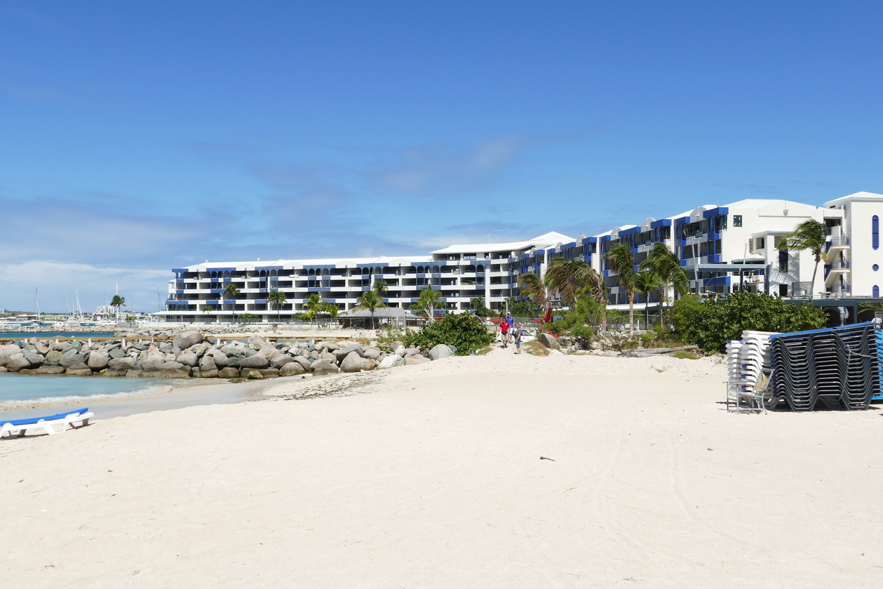 29. Sint Maarten, Kool baai