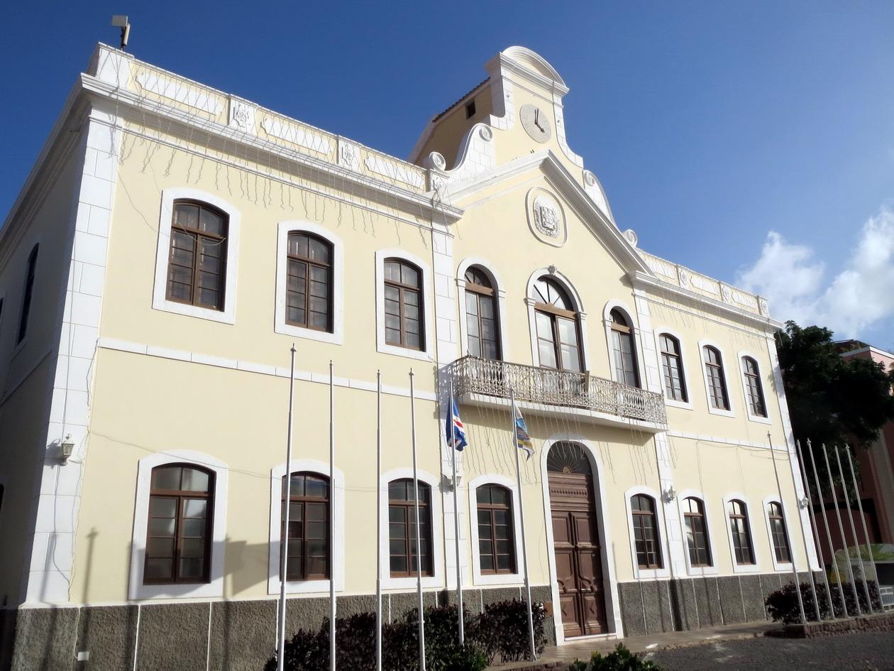 3. L'hôtel de ville
