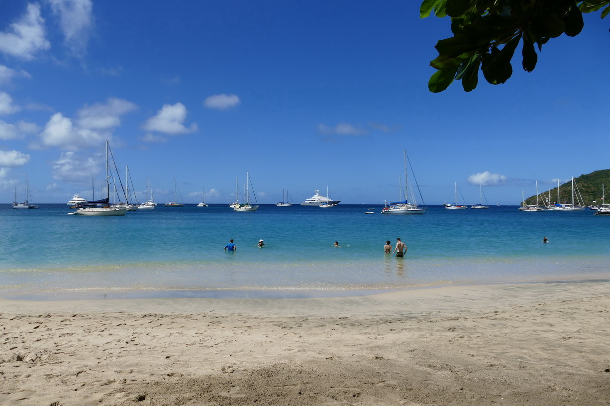 30. Bequia, Admiralty bay, Princess Margaret beach