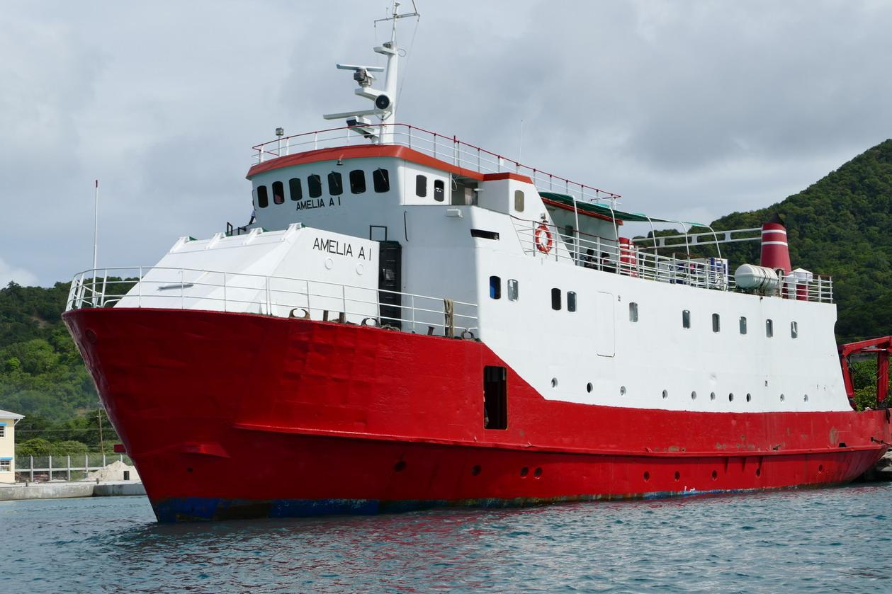 30. Un ferry de passage