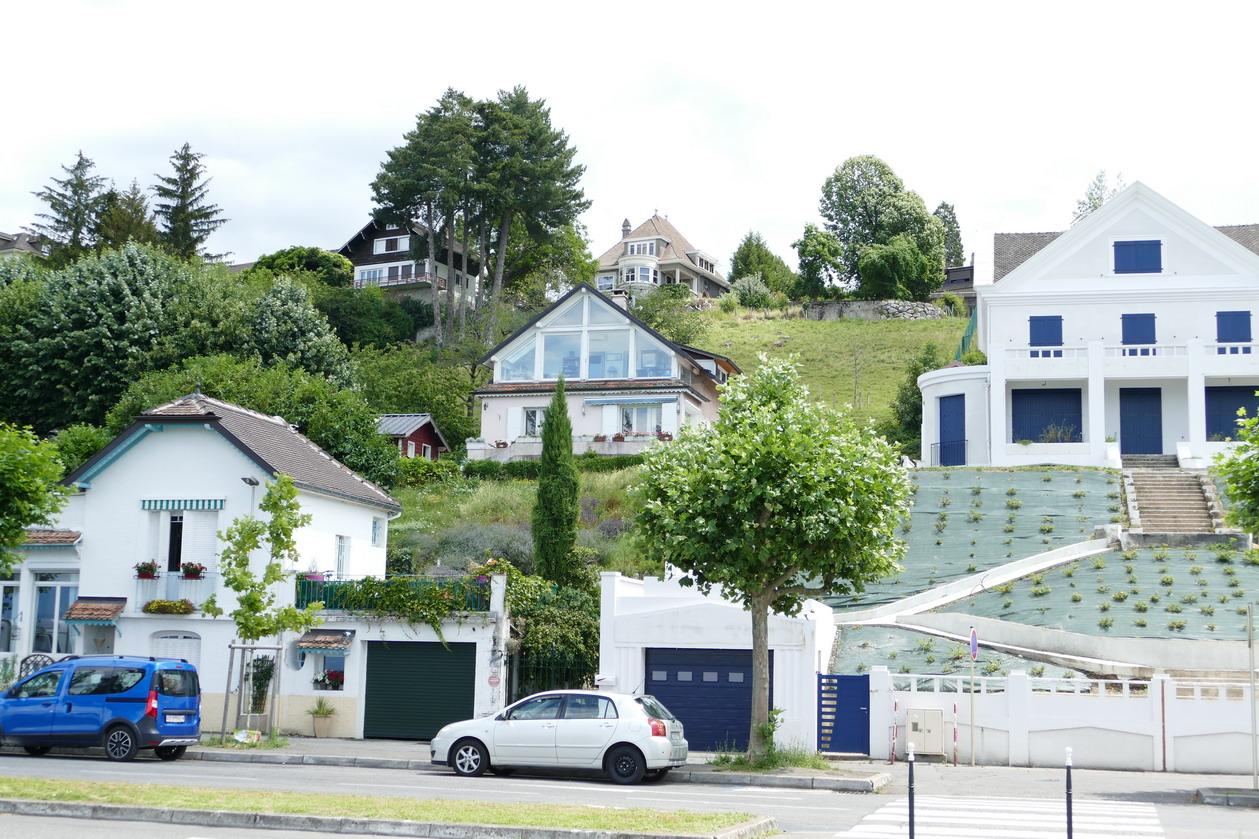 33. Lac Léman - Thonon-les-Bains, de nombreuses villas
