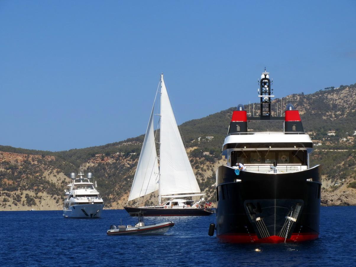29. Ibiza, cala de Port Roig