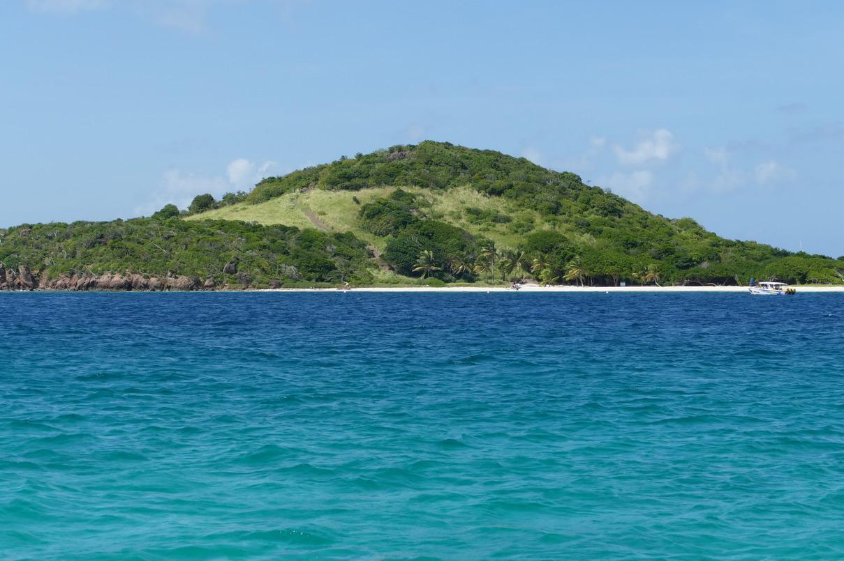 36. Les Tobago cays, l'îlet de Petit bateau (c'est son nom !)