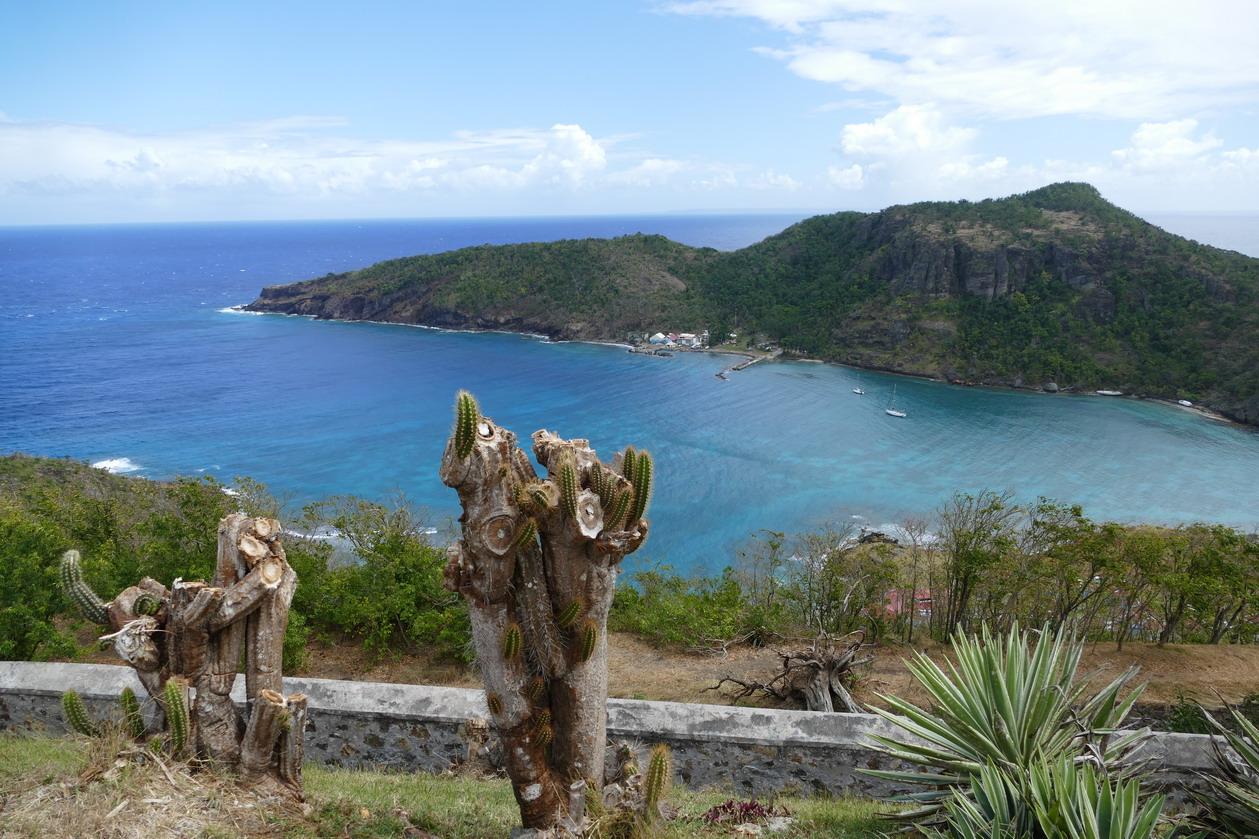 37. L'archipel des Saintes ; l'anse Marigot