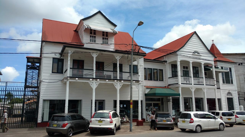 39. Paramaribo