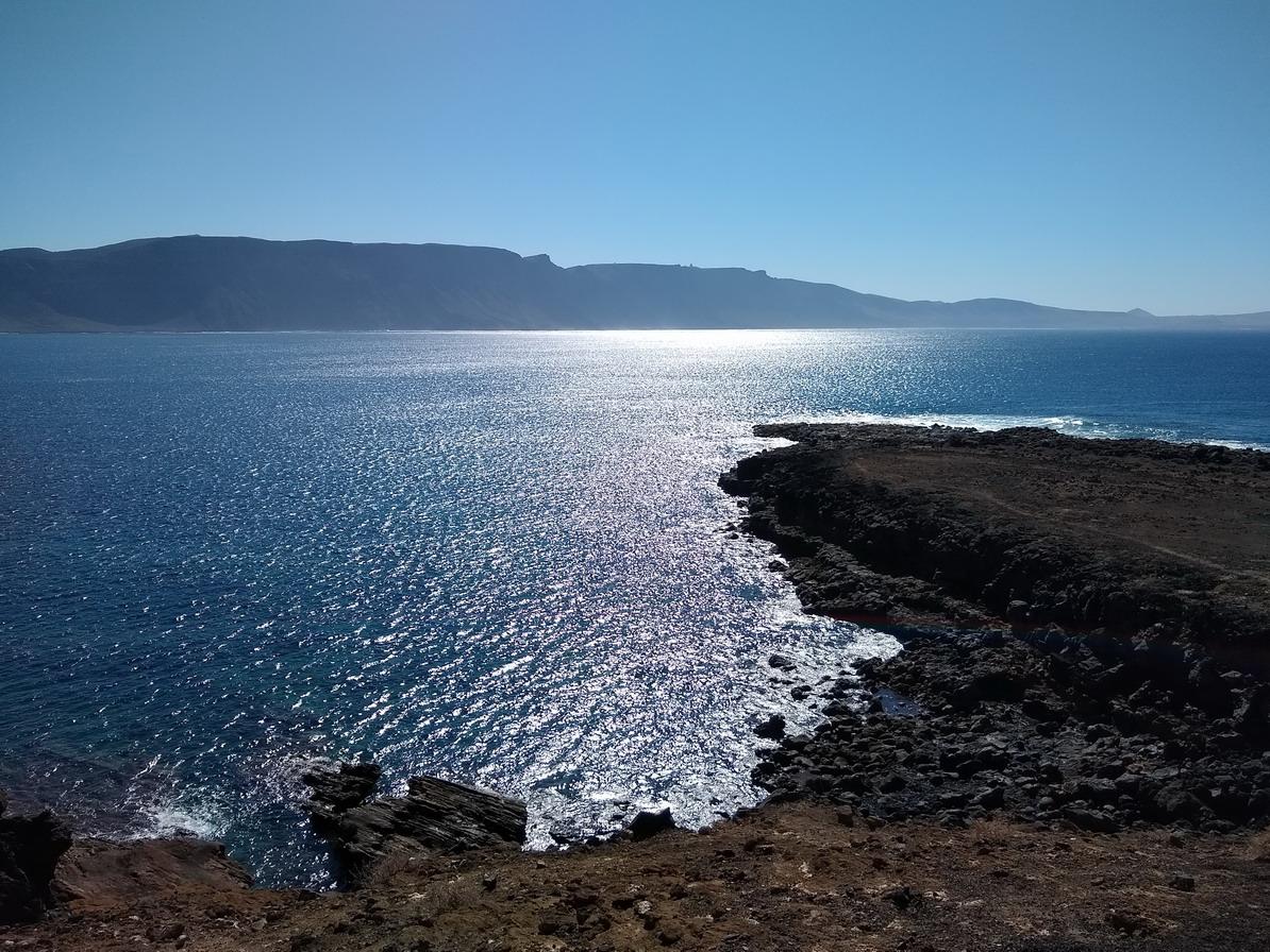 41. La Graciosa - la côte sud, déchiquetée
