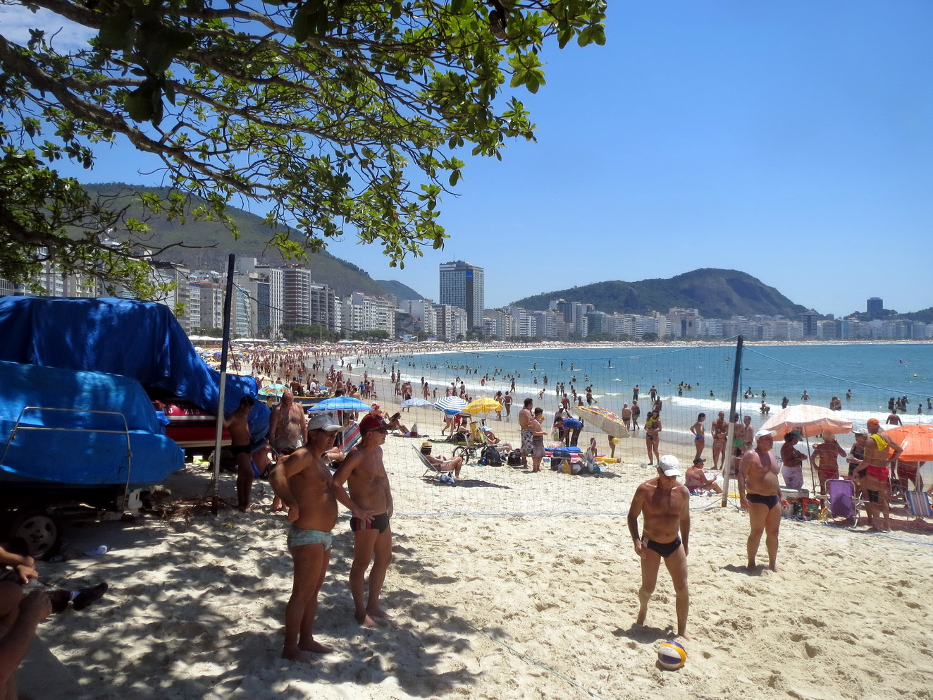 43. Plage de Copacabana, beach volley, sport national