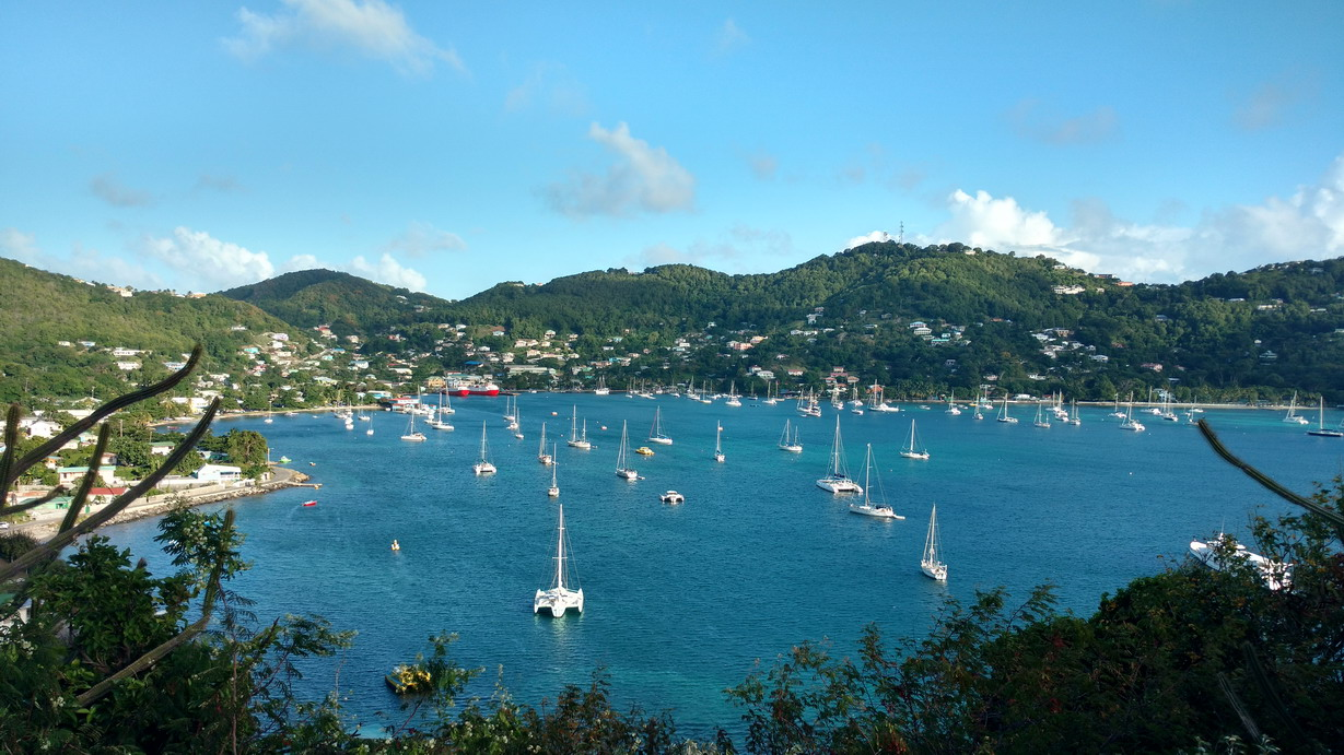 44. Bequia, Admiralty bay, point de vue du fort Hamilton