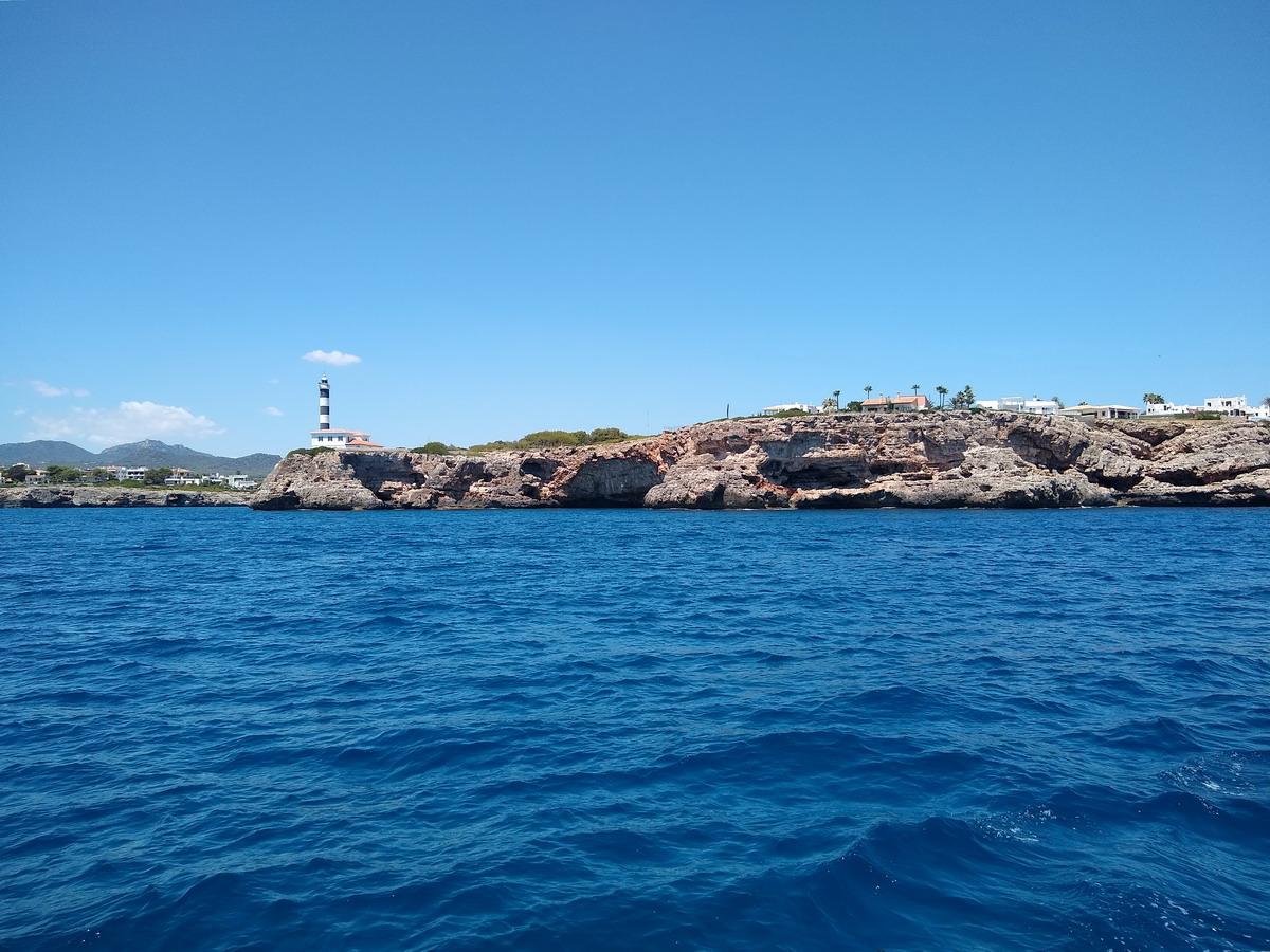 44. Le phare remarquable de Port Colon