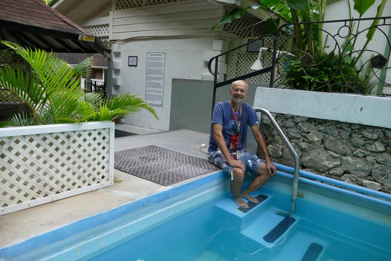 46. Soufriere, le jardin botanique, bain thermal bon pour les rhumatismes...