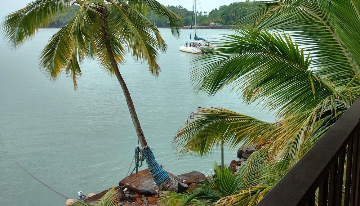 47. Île St Joseph, de la terrasse de la maison du gardien