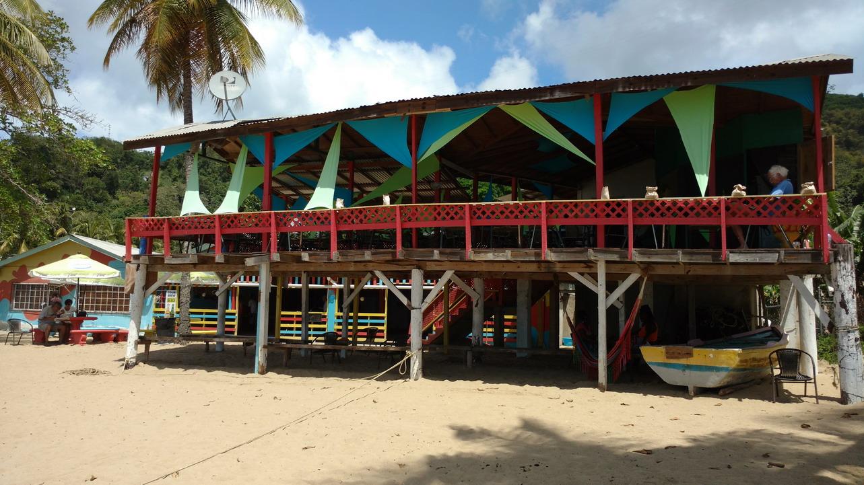 48. Castara, le restaurant de plage (où l'on mange bien pour pas cher)