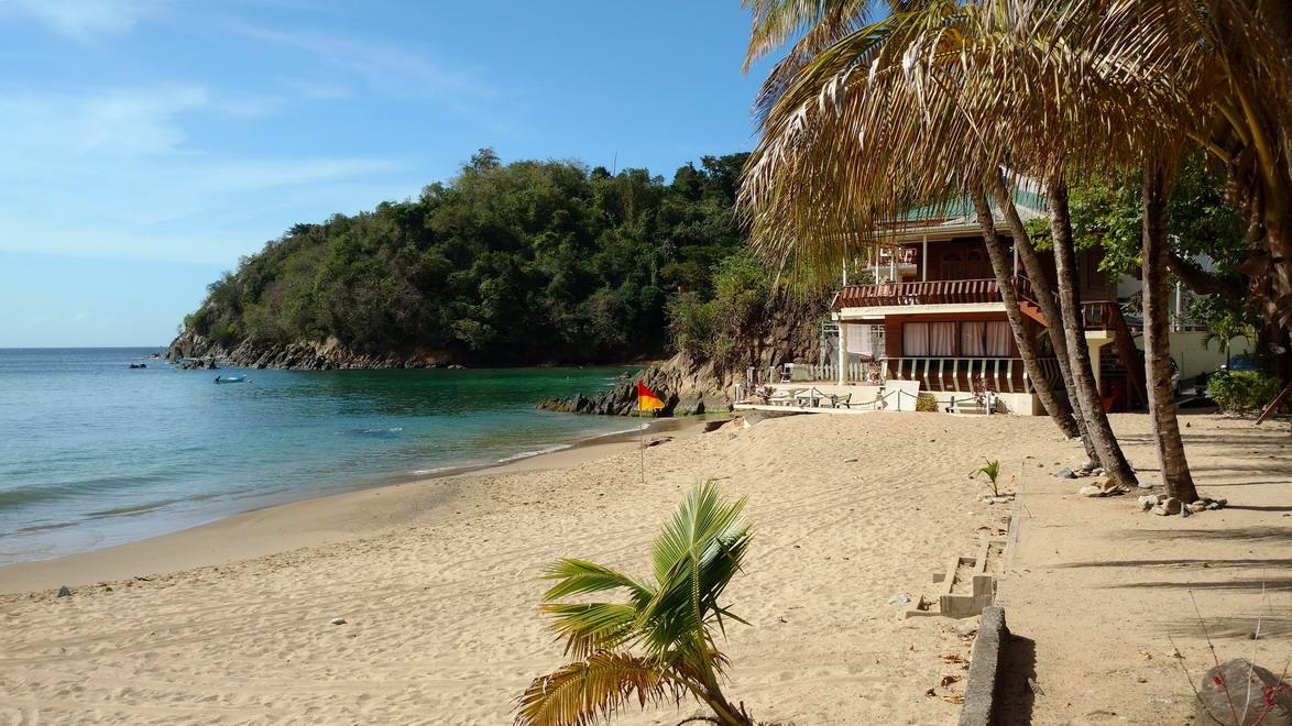 50. La plage de Castara