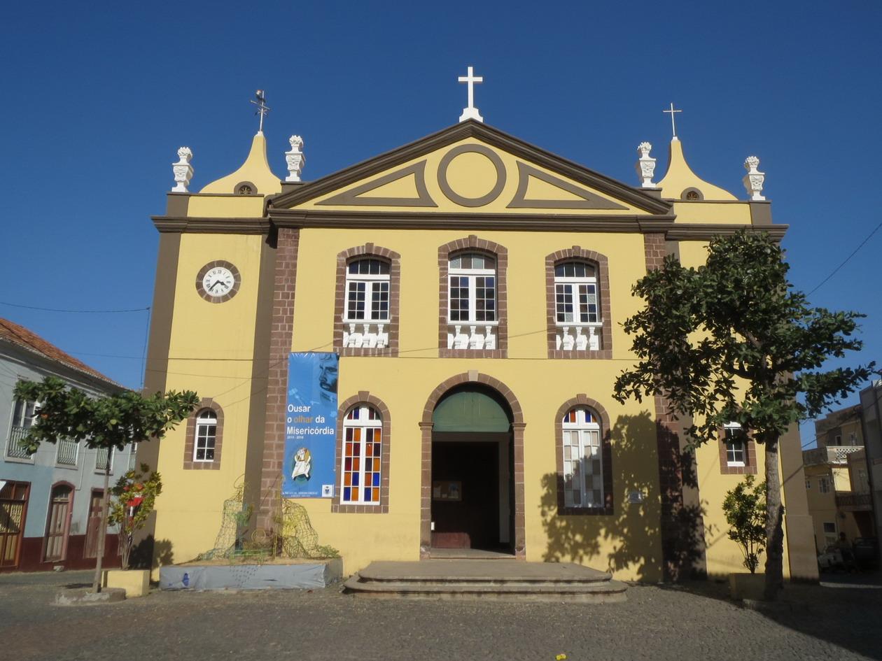 6. Ribeira brava, l'église Matriz de Nostra Senhora do Rosario, siège de l'épiscopat jusqu'en 1940