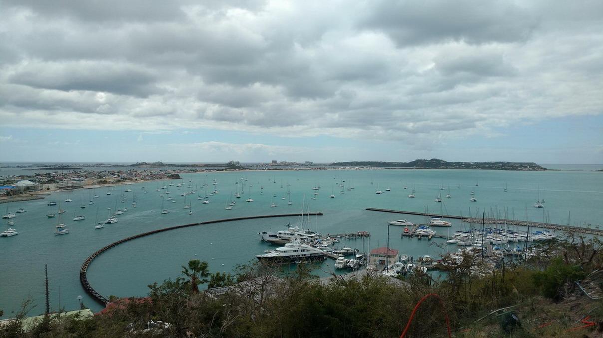 9. St Martin, Marigot, la baie et la marina